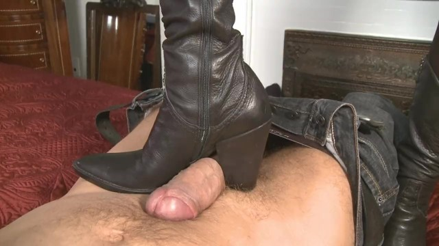 Milf boot tube8 - Mistress-t like boots job