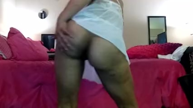 Dripping wet pussy: early in the morning I was so horny and wet so he helps