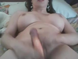 msturb with dildo