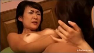 Beautiful Japanese MILF lesbians