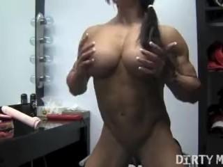 Muscular Angela Salvagno Fucks A Dildo