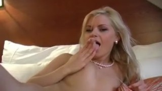 Blonde Masturbation Babe