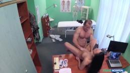 Čierna gay muži porno húb