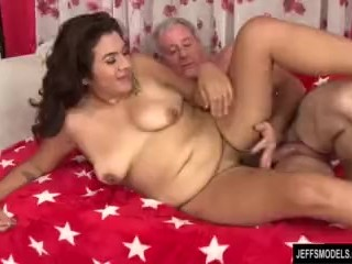 Redbone Bubble Butt Hairy Pussied Chubby Girl Takes Fat Dick, Big Ass Big Tits Hardcore