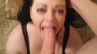PRETTY WIFEY FACEFUCK INCREDIBLE! WIFEY BLOWS BEST Female for
