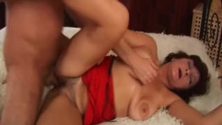 facial on busty hairy mom