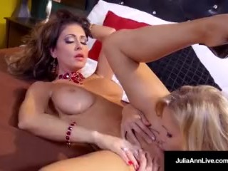 Scissoring Sex & Milfmania with Julia Ann & Jessica Jaymes!