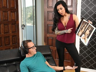 Sex Laddies Lily Lane Catches Stepson Jerking Off To Her Nudes