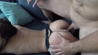 Claudia - Apartment Cowgirl porno