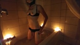 Sarina's Sensual Smoky Edging Bath Time