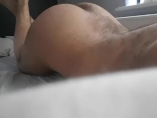 Hot paki fag showing off his ass