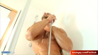 Aymrick's huge cock massage ! (delivery guy for a gay guy) Blowjob cock