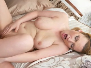 MOM Chubby big tits cougar housewife lets younger boy come on her tits