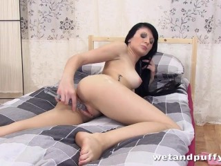 Porn Playing With Pussy Fucking, Teen stretches her pussy and ass hard Brunette Masturbation Toys an