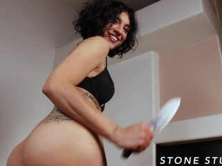 Burglar Bianca makes you eat ass before stealing wallet