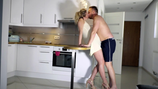 Passionate Real Amateur Sex In The Kitchen And Finish On -5610