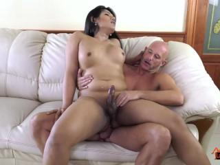 LadyboyPlay - Enjoying Ladyboy Emmy?s Big Booty