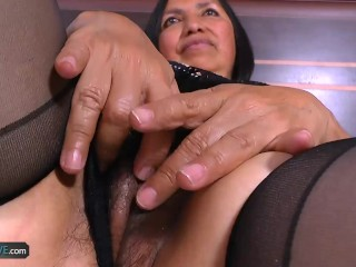 Latinchili busty mature karina solo masturbation 8