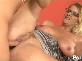 Spy Cam Vagina Fucking, Over 40 and Horny 5- Scene 1 Big Tits Blonde Cumshot Hardcore MILF