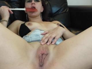 Spanking my meaty pussy