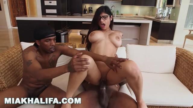 Mia Khalifa 5