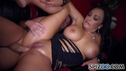 Claudia Valentine get fuck her Italian ass by a huge hard cock