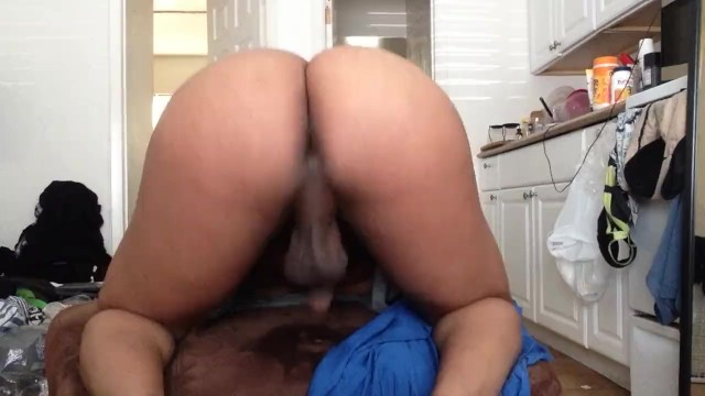Amateur Shemale Babe Solo