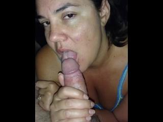 Husband loving his morning blowjob-with teasing cumshots!