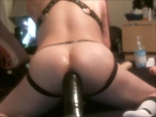 Playing with my Dildos and enjoying a deep fuck