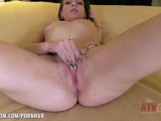Hadley Karter gets a good rub!