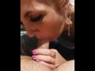 Cum slut Blondie with pop rocks
