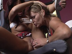 Lesbian Dom KELLY LEIGH fucks Ebony ISIS LOVE into Submission! A++