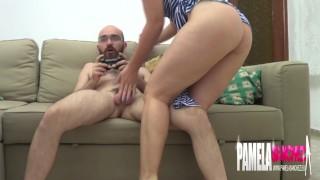 Preview 2 of Pamela sanchez cachonda quiere sexo con su novio jugando a la video consola