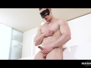 Maskurbate Otherworldly Musle Hunk Flexes and Faps