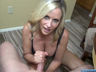 Milf cumshot facials jodi west jerk stepson to help with studies
