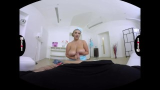 chubby stewardess Krystal Swift fucked Big trimmed