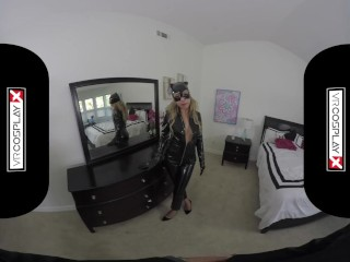 Preview 1 of VR Sex With A Hot Catwoman Carmen Caliente Only on VRCosplayX.com
