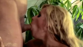 Throat deep cim blonde