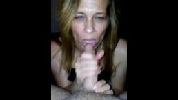 Sexy mom blows