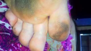 Yonitale: Black cherry (Malena Fendi) avere un orgasmo