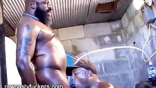 Heetste porno ooit - Cum Cabins Bareback - Zwart - Pijpen - Papa