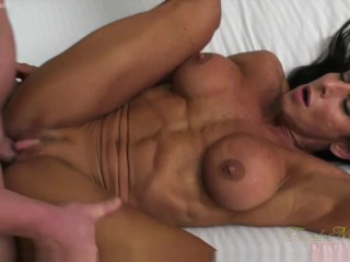Female Bodybuilder Fucks Her Boyfriend Briana Beau