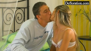 Hungry blonde is hard on the guy Andrews stepdad