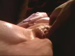 Finger closeup-dripping coconut_girl1991_160916 chaturbate REC