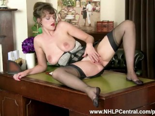 Busty natural brunette Kate Anne wanks in vintage nylon stockings lingerie