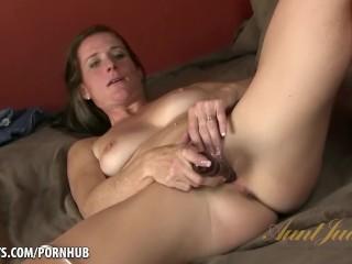 Masturbating orgasm tips for women