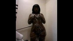 Chocolate bbw all soaped up twerking