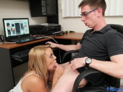 PHILAVISE- Gamer gets a beeg with Maria Jade