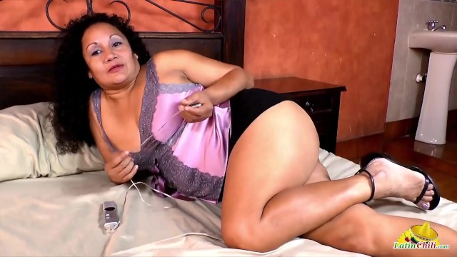 Naked nannies Latinchili chubby mature naked tits and pussy