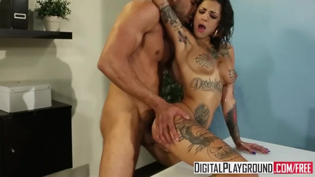 Analacrobats bonnie rotten squirts like crazy from ass fuck 8